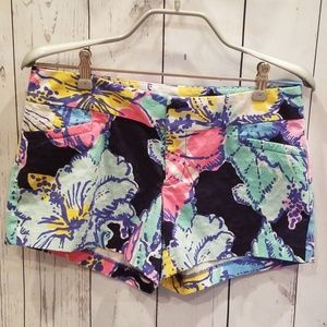 """NWOT Lilly Pulitzer Multicolored """"Hibiscus"""" Shorts"""